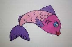 #MANUALIDADES En el cole esta semana hablamos del mar. Nosotros hemos realizado este colorido pez con varias capas superpuestas de #Bondy. Con tan solo un pack multicolor podrás preparar miles de combinaciones. #bajoelmar #manualidadparahacerenclase #mediviertoconbondy www.dobondy.com