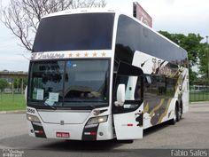 Ônibus da empresa TJ Turismo, carro 5050, carroceria Busscar Panorâmico DD 2009, chassi Volvo B12R. Foto na cidade de Vitória-ES por Fábio Sales, publicada em 08/03/2017 11:18:45.
