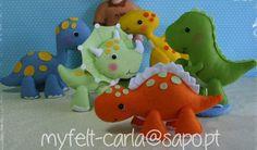 Dinosaur Felt Toys - Five handmade soft plush dinos, Triceratops, T-Rex, Stegosaurus, Brontosaurus and Pterodactyl, Dinosaur Nursery, Doll G