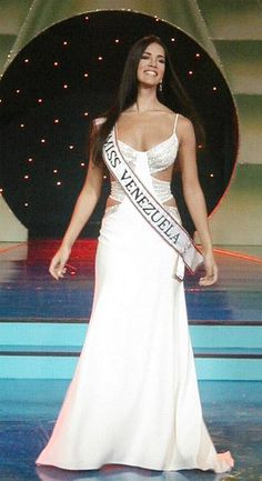 Monica Spear, Miss Venezuela 2004 in Miss Universe MY UNTILAME FAVORITE MISS VENEZUELA>>! Sweet, Sexy, intelligent, Lovely!