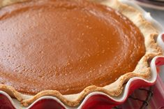 Gluten-Free Pie Crust made with baking mix: King Arthur Flour. Yes, you do actually bake this crust twice! Gluten Free Sweets, Gluten Free Baking, Gluten Free Pie Crust, Bakery Recipes, Flour Recipes, Pumpkin Recipes, Paleo Recipes, Filling Food, Wheat Free Recipes