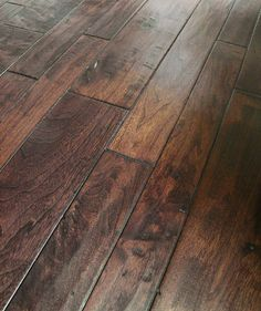Engineered Hardwood - Classic Width American Walnut Collection - Carrera / American Walnut / Multi Width