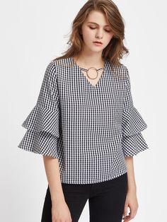 blusas Sewing patterns tops tunics blouses Ideas for 2019 Kurta Designs, Tunic Designs, Designs For Dresses, Tunic Pattern, Top Pattern, Hijab Fashion, Fashion Dresses, Kurti Sleeves Design, Hijab Stile