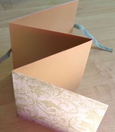 Seems very easy to make and perfect for a small themed book.