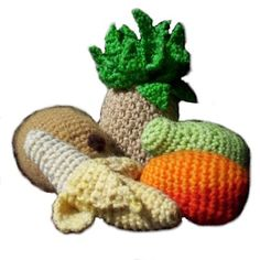 "Amigurumi Food: Hawaiian Fruit Set Free Pattern (It includes instructions to make a Mango, Pineapple, Papaya, Coconut, and Banana) measure 4-7"" ~PDF file http://www.ravelry.com/patterns/library/hawaiian-fruit-set"