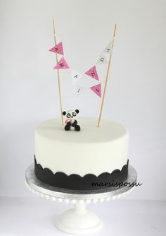 Marsispossu: Pandakakku, Panda cake