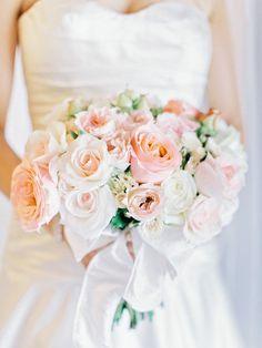 Peach bouquet | Read More: http://www.stylemepretty.com/2014/09/05/peach-navy-flat-creek-country-club-wedding/ | Photography: Amy Arrington Photography - amyarrington.com
