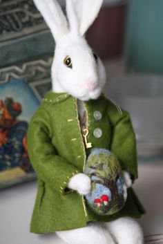 Needle Felting: What Jimmy Stewart's Harvey Would Look Like by Di Summit