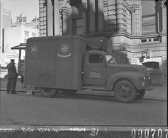 Australian Comforts Fund - Salvation Army canteen truck outside the Sydney Town Hall - 1944. Find more information about this picture: http://acms.sl.nsw.gov.au/item/itemDetailPaged.aspx?itemID=13210. From the collection of the State Library of New South Wales www.sl.nsw.gov.au.