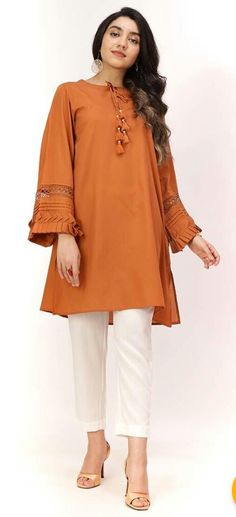 Beautiful Pakistani Dresses, Pakistani Dresses Casual, Casual Dresses, Black Pakistani Dress, Nice Dresses, Fashion Dresses, Women's Fashion, Pakistani Kurta Designs, Pakistani Dress Design