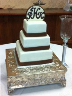 Wedding Cake by Jeff Taylor of Sweet T's Bakery - Oxford, MS