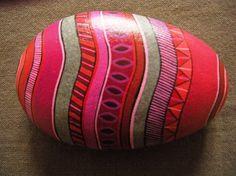 Galet peint à l'acrylique puis vernis - 10 - 12 cm de largeur Pierre Multicolore