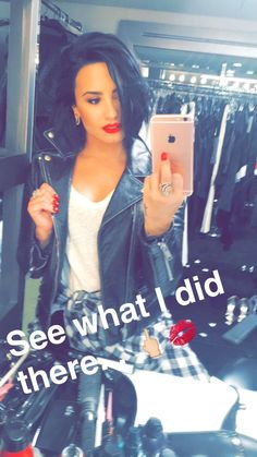 Demi Lovato News on Demi Lovato Short Hair, Demi Lovato Style, My Life Style, Camila, Celebs, Celebrities, Woman Crush, Cute Hairstyles, Role Models