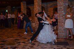 Dance, Wedding Dresses, Fashion, Dancing, Bride Dresses, Moda, Bridal Gowns, Fashion Styles