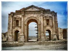 #jerash #jordan #temple #castle #church #ruins #colonnade #history #heritage #architecture #art#statue #sculpture #holiday #travel #myphoto #photo #photography #photos