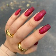 Red Acrylic Nails, Acrylic Nail Designs, Red Nails With Glitter, Winter Acrylic Nails, Red Sparkle Nails, Red Chrome Nails, Red And Silver Nails, Deep Red Nails, Red Matte Nails