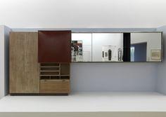 Charlotte Perriand (1903 - 1999)  Studio-bar 1930 Sycomore et métal 210 x 200 x 60 cm Porte bombée: 102,5 x 100 cm