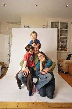 {How to set up and use a home photo studio}