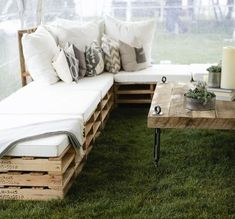 56 + Ideas and pictures about pallet furniture terrace - Terrasse und Balkon - Pallet Lounge, Diy Pallet Sofa, Outdoor Lounge, Outdoor Pallet, Outdoor Seating, Outdoor Couch, Lounge Seating, Pallet Wood, Pallet Seating