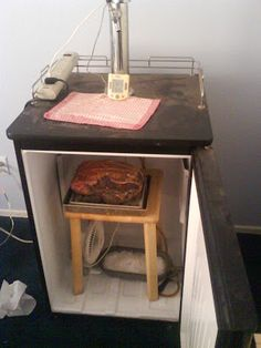 Dry Aging Beef in a Keg-fridge with a fan and some silica gel - An interesting use for Silica Gel