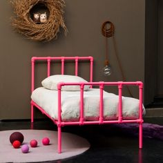 roze kinderbed