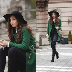 Get this look: http://lb.nu/look/6924074 More looks by Larisa Costea: http://lb.nu/themysteriousgirl Items in this look: Sheinside Coat, Jessica Buurman Boots, Oasap Hat #casual #chic #street
