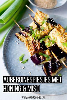 Auberginespiesjes met honing en miso - OhMyFoodness Low Fodmap, Barbecue, Kung Pao Chicken, Pasta Salad, My Recipes, Vegetarian Recipes, Food Porn, Veggies, Dinner