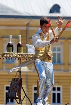 A boy performs during a multicultural festival in Sofia, Bulgaria, organised on the occasion of World Refugee Day © UNHCR/ B. World Refugee Day, Sofia Bulgaria, Special Needs, Punk, Boys, Baby Boys, Senior Boys, Punk Rock, Sons