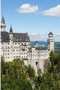 Neuschwanstein Castle is Germany's most famous castle, known to many as the Cinderella Castle. Follow these tips for a fairytale-like visit!
