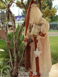 Papai Noel _ dorminhoco_ travesseiro e manta, meião com guizo, touca e camisolão...um fofo!