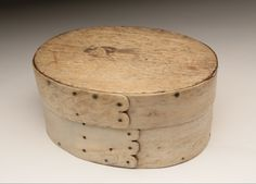 Sailor Made Scrimshaw Panbone Oval Ditty Box, circa 1850 | August 1, 2015 Auction at Rafael Osona Auctions Nantucket, MA