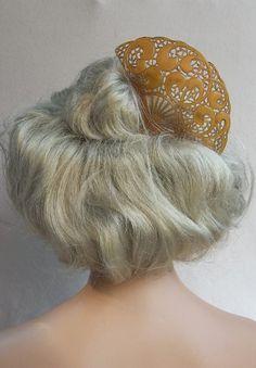 Vintage hair comb large amber Art Deco Spanish by ElrondsEmporium, $40.00
