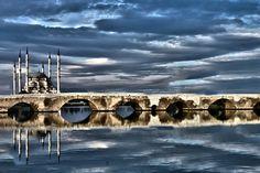 Adana Turkey - Information Turkey Vacation, Turkey Travel, Beautiful Mosques, Most Beautiful Cities, Central Mosque, Visit Turkey, Top Destinations, Villa, Antalya
