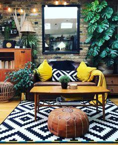 Bohemian Latest And Stylish Home decor Design And Life Style Ideas Boho Living Room, Living Room Decor, Bedroom Decor, Bohemian Living, Living Spaces, Room Interior, Home Interior Design, Deco Retro, Stylish Home Decor