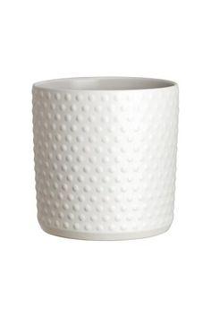 Dokulu stoneware saksı. Çap 17 cm, yükseklik 18 cm.