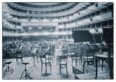 Un palco vuoto - An Empty Stage | Orchestra della Toscana | 1996