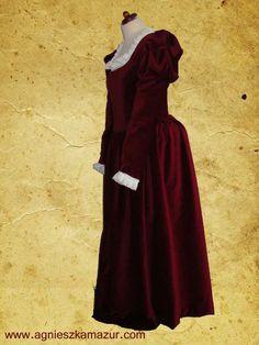 Suknia renesansowa, aksamit. www.agnieszkamazur.com