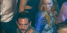 Τον γύρο του πλανήτη κάνει το φιλί της Λίντσεϊ Λόχαν με τον έλληνα επιχειρηματία Ντένη Παπαγεωργίου – Δείτε ΦΩΤΟ
