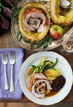 Bacon & Cranberry Stuffed Turkey Roulade with Cider Gravy on www.simplebites.net #recipe #dinner #thanksgiving #turkey