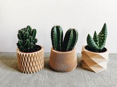 Beautifull idea for your house! Set of 3 small geometric Pots / Planters Design Hygge printed in Wood perfect for succulents or cacti #cactus #inspiration #AD #etsy #plants #green