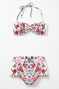 Mexican patterns are also present in swimsuits. What makes fashion perfect is that there's never a rule for dressing or designing, everything that is out there are suggestions, each designer has the power of creating something unique.  Sometimes uniqueness lays in the simplest things that surrounds us.