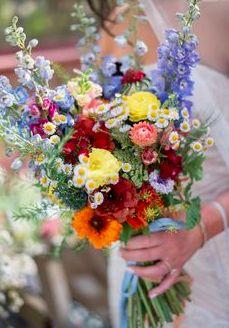 Winter Wedding Colors, Spring Wedding Flowers, Floral Wedding, Burgundy Wedding, Boho Wedding, Summer Wedding Flowers, Blue Spring Flowers, Wild Flowers, Wedding Ceremony