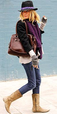 street chic - she pulls it off so well!