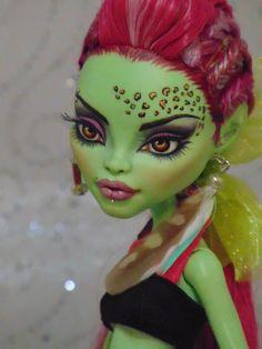 Kendal OOAK Monster High Venus Mcflytrap Repaint Doll by Bordello | eBay