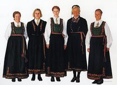 FolkCostume&Embroidery: Overview of Norwegian Costumes, part The eastern heartland Folk Costume, Costumes, Norwegian Clothing, Bridesmaid Dresses, Wedding Dresses, Heartland, Norway, All Things, Embroidery