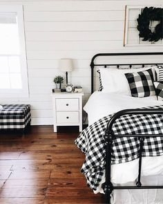 takes the cake for the cutest farmhouse bedroom ever! Loving the black and white plaid pillows against our bed frame what do you guys think! - Architecture and Home Decor - Bedroom - Bathroom - Kitchen And Living Room Interior Design Decorating Ideas - Farmhouse Style Bedrooms, Farmhouse Bedroom Decor, Shabby Chic Bedrooms, Guest Bedrooms, Home Decor Bedroom, Bedroom Furniture, Farmhouse Bench, Cheap Furniture, Modern Farmhouse