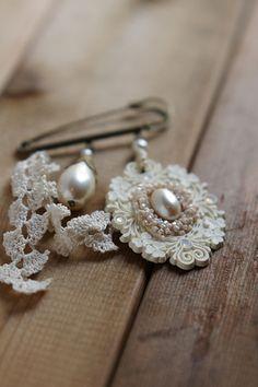 ...♫ ℓσvεℓү pεαяℓs ℓαcεs & яσsεs .. X ღɱɧღ ||lace and pearls