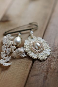...lace and pearls