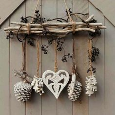 DIY & cottage seasonal decor & beautiful shabby chic Christmas decoration made with branches, pine cones and other natural materials & Love this idea! DIY & cottage seasonal decor & beautiful shabby chic Christmas decoration made w& Noel Christmas, Rustic Christmas, Christmas Wreaths, Christmas Ornaments, Cottage Christmas, Apartment Christmas, Christmas Branches, Christmas Island, Tree Branches