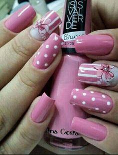Pink Polka dot /Flower nail